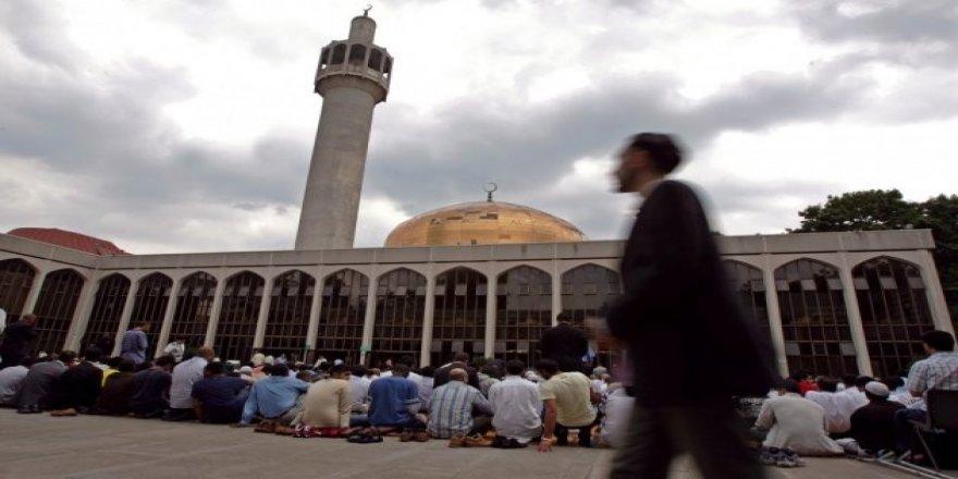 Dünya Ramazan'ı böyle karşıladı