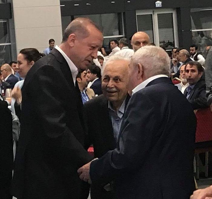 Cumhurbaşkanı Erdoğan, Said Nursi'nin talebelerinin bayramını kutla 1