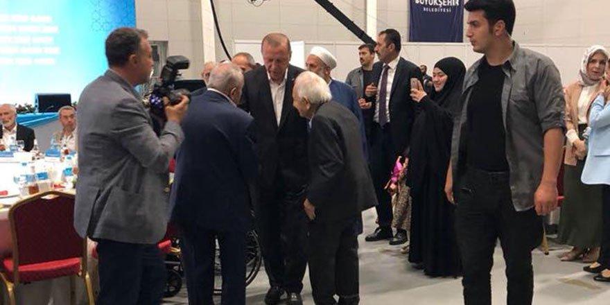 Cumhurbaşkanı Erdoğan, Said Nursi'nin talebelerinin bayramını kutla