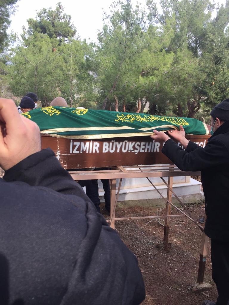Doktor Mehmet Akay ağabey dualarla ebedi aleme uğurlandı 1