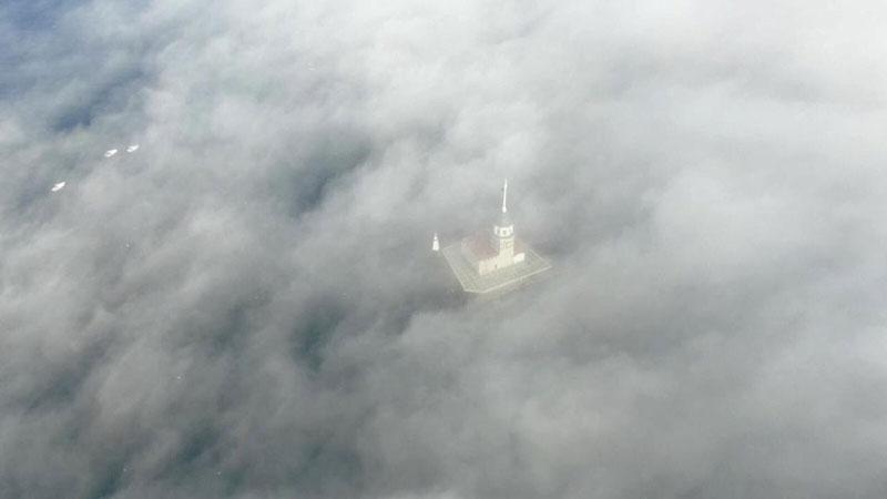 İstanbul Boğazı'nda sis manzarası 1