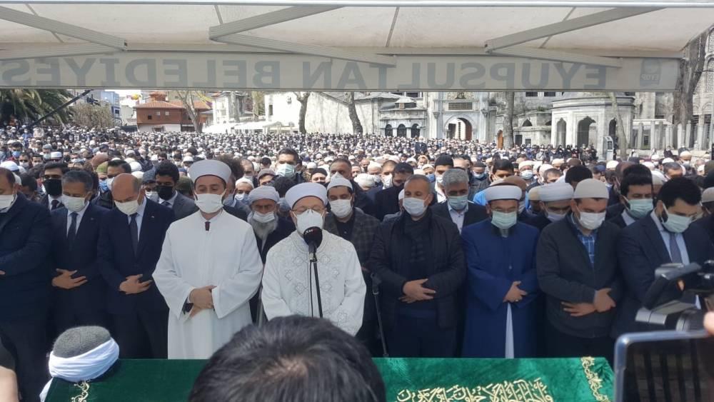 Hüsnü Bayramoğlu ağabey dualarla ebedi aleme uğurlandı 1