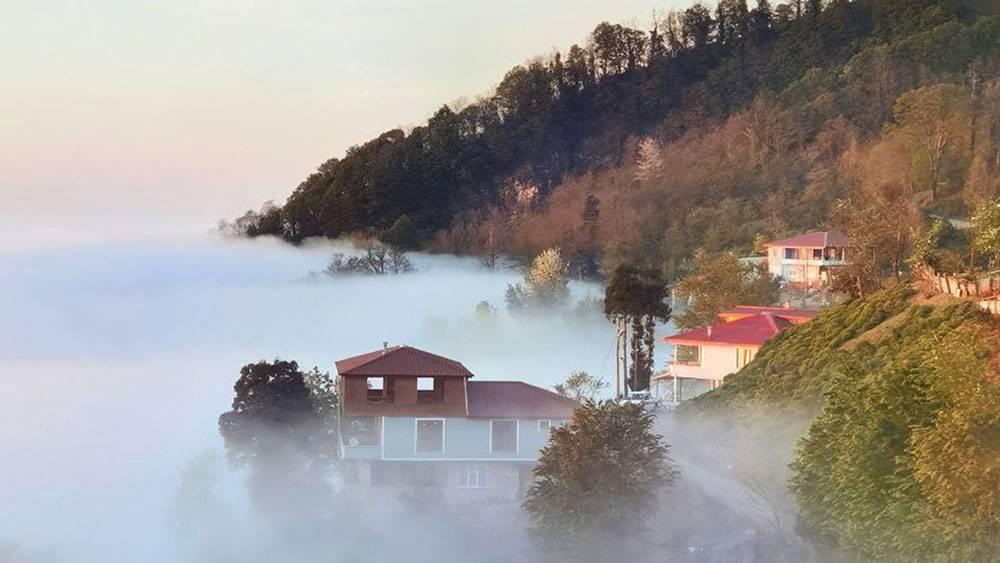 Bulut denizindeki köyden çok güzel görüntüler 1