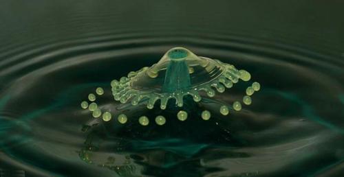 Su damlalarındaki intizam 4