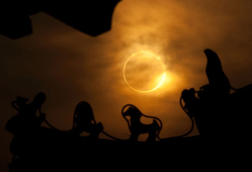 En uzun güneş tutulması 27
