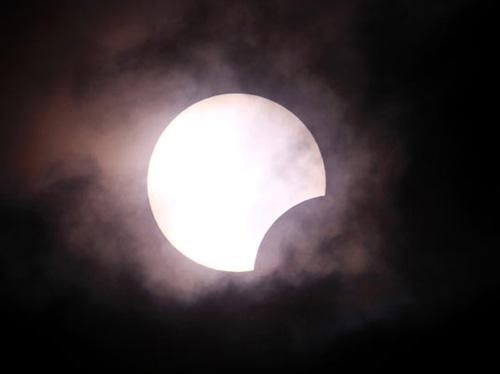 En uzun güneş tutulması 34