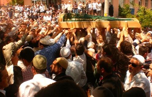 Ali İhsan Tola Ağabey dualarla uğurlandı 11