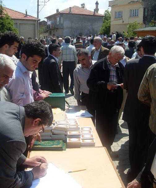 Ali İhsan Tola Ağabey dualarla uğurlandı 15