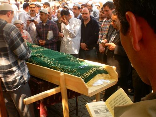 Ali İhsan Tola Ağabey dualarla uğurlandı 2