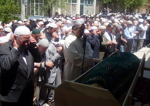 Ali İhsan Tola Ağabey dualarla uğurlandı 23