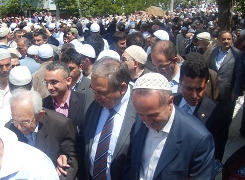 Ali İhsan Tola Ağabey dualarla uğurlandı 24