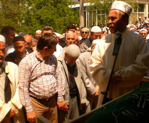 Ali İhsan Tola Ağabey dualarla uğurlandı 6