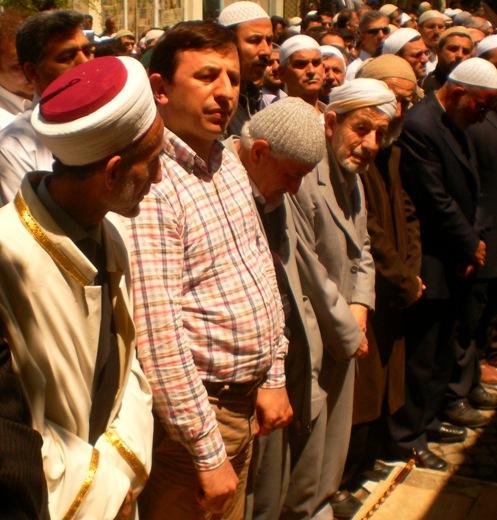 Ali İhsan Tola Ağabey dualarla uğurlandı 7
