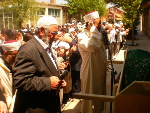 Ali İhsan Tola Ağabey dualarla uğurlandı 8