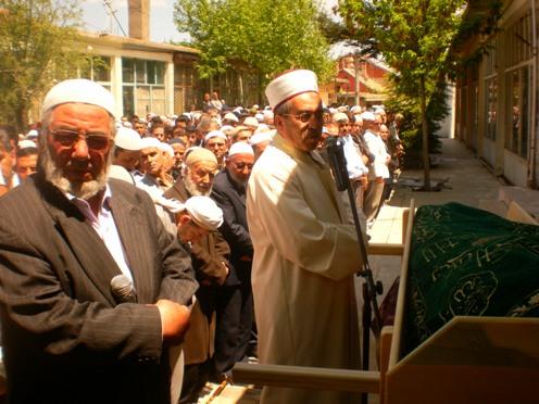 Ali İhsan Tola Ağabey dualarla uğurlandı 9