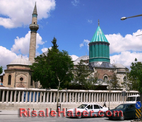 Abdulmecid Nursi'nin kabri 1