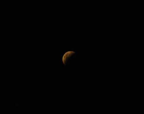 Dünya ay tutulmasını izledi 13