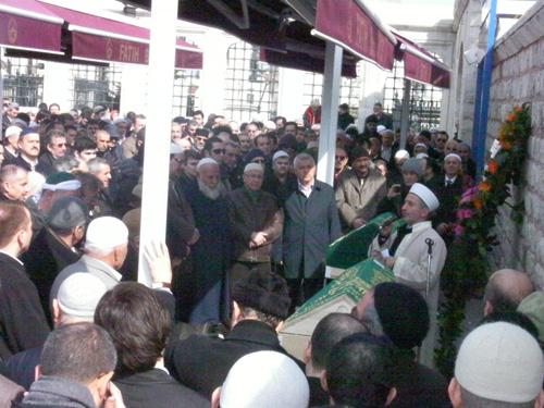Mehmet Karasan dualarla uğurlandı 6