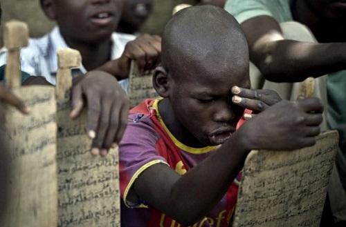 Çad'daki çocukların Kur'an-ı Kerim öğrenme azmi 1