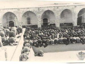 Said Nursi'nin bilinmeyen cenaze fotoğrafları