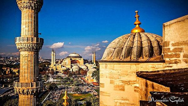 Sultanahmet Camii'nden Ayasofya'ya bakış 1