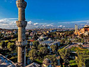 Sultanahmet Camii'nden Ayasofya'ya bakış