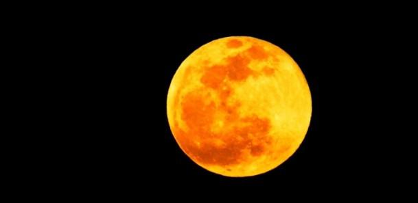 Kanlı ay tutulması böyle gözlendi 1