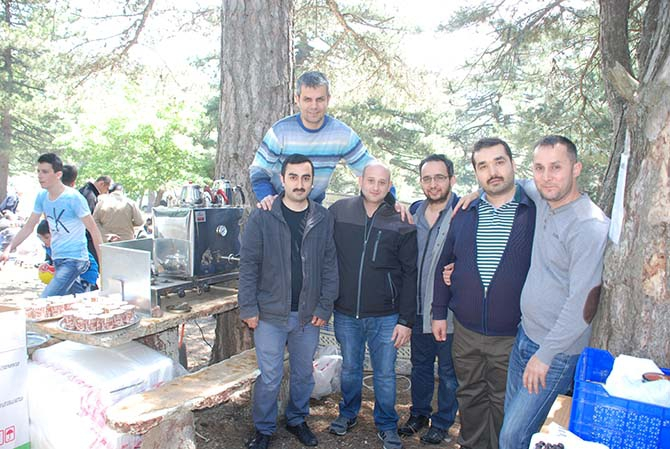 Bursa İttihat Derneği Uludağ mezunlarını buluşturdu 1