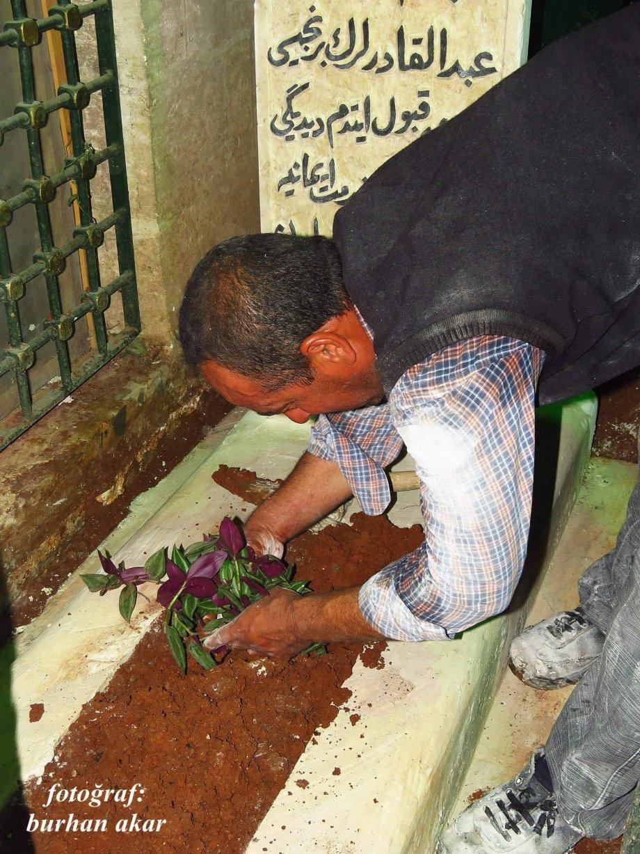 Badıllı Ağabeyin mezar taşı yapıldı 1
