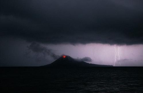 Krakatoa yanardağı patladı 4