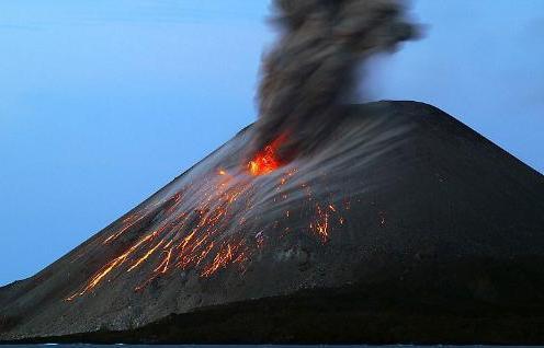 Krakatoa yanardağı patladı 5
