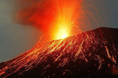 Krakatoa yanardağı patladı 7