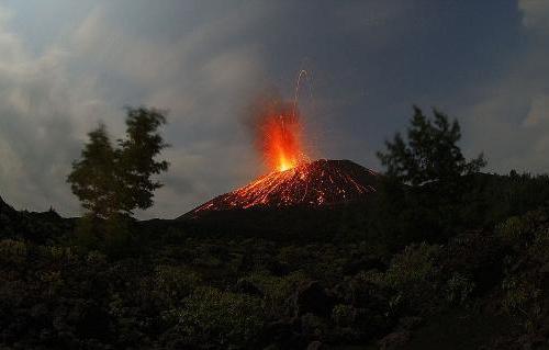 Krakatoa yanardağı patladı 8