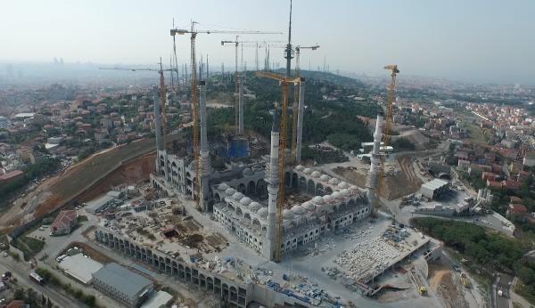 Cumhuriyet tarihinin en büyük cami kompleksi 1