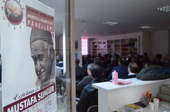 Mustafa Sungur Ağabey panelinden kareler 1