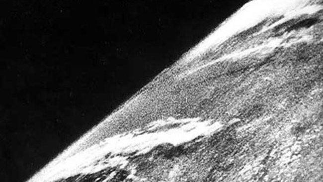 Uzaydan çekilmiş ilk Dünya fotoğrafları 1