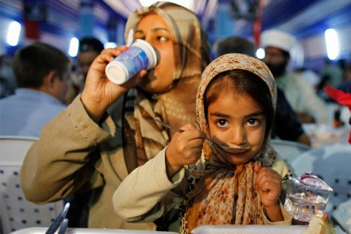 Dünyada Ramazan 8