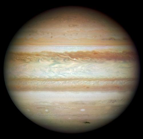 Yeni Hubble'dan Kareler 5
