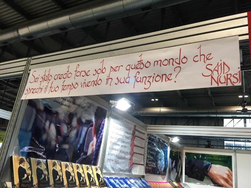 İtalya'da Risale-i Nur standında baş tacı Kur'an ilgisi 1