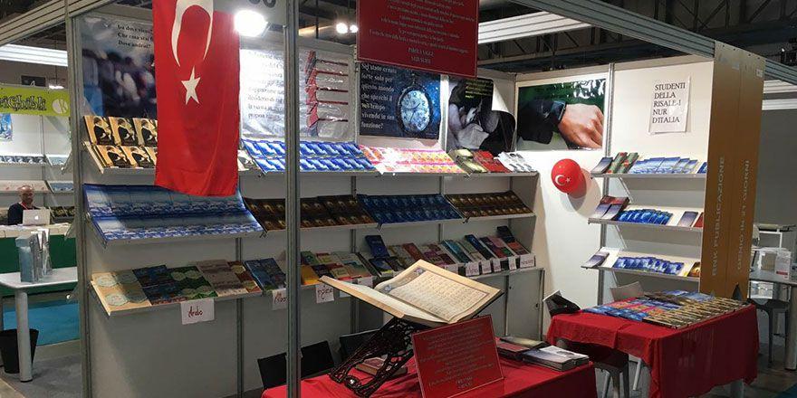İtalya'da Risale-i Nur standında baş tacı Kur'an ilgisi
