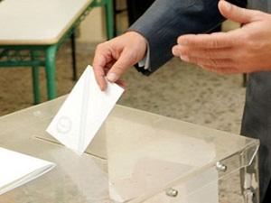 Almanya'da oy kullanan sayısı 300 bini geçti