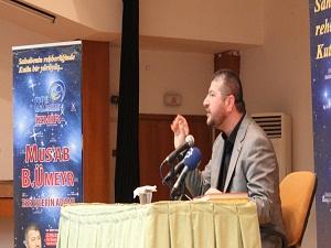 İstanbul'da Ebû Eyyüb el-Ensarî, İzmir'de Mus'ab