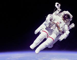 3 yeni astronotu taşıyan uzay aracı fırlatıldı