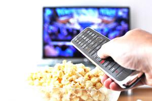 İştahsız çocuğun ailesi TV karşısında yemek yememeli