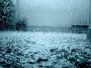 Kilisede 8 gün yağmur duası