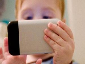 Teknolojiyi bilinçsiz kullanan çocuklar olumsuz etkileniyor!
