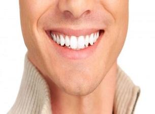 Çürük dişlere bir saate kaplama takılıyor