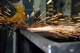 Sanayide geçen yıl 2 milyon 663 bin 764 kişi çalıştı
