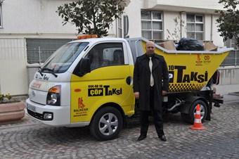Bu taksi insan değil, sadece çöp taşıyor