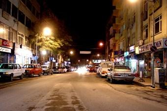 Aksaray'da görsel kirliliğe neden olan levhalar kaldırılıyor